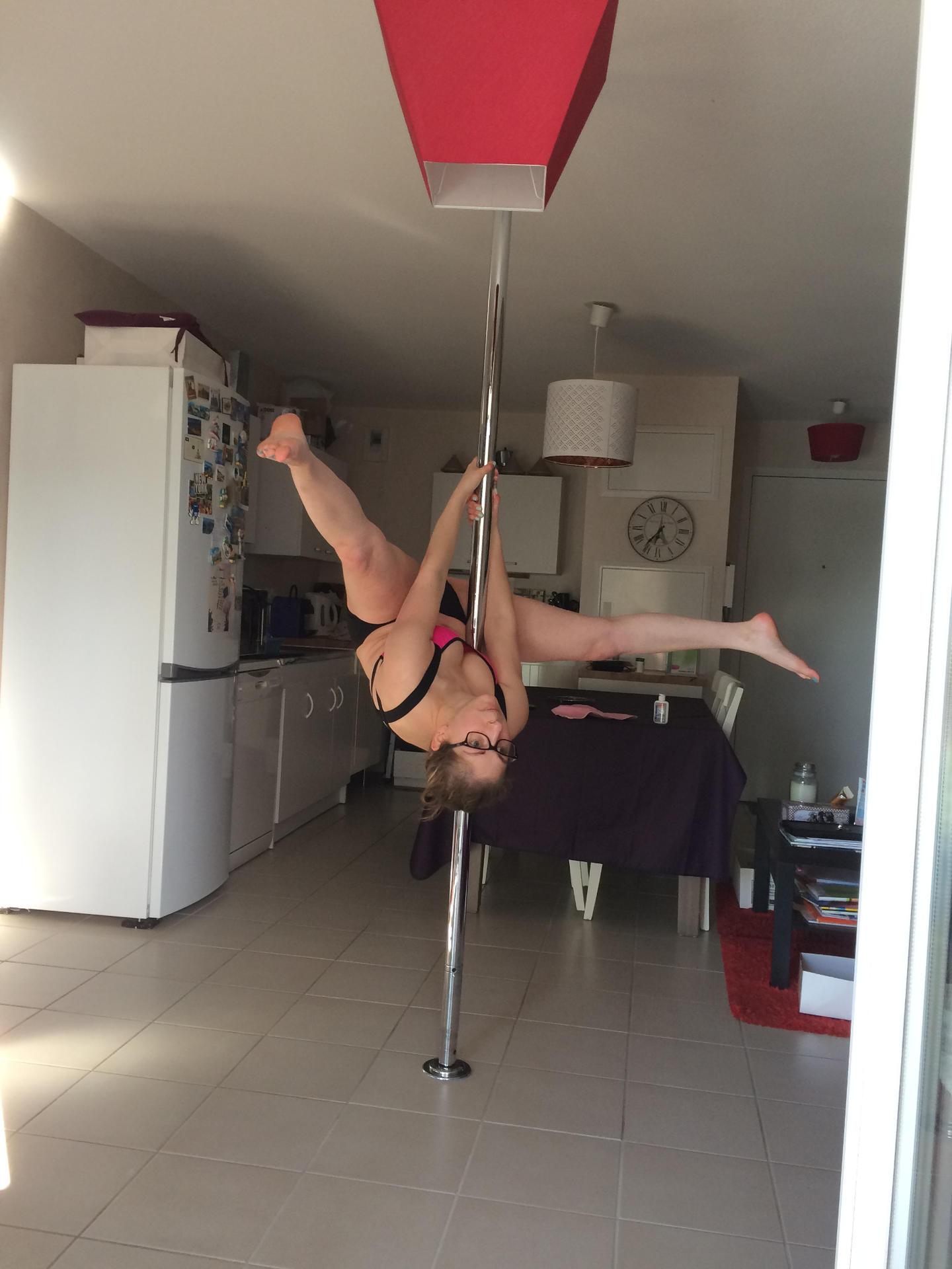 la pole dance delphine cosmetic diary blog beaut lifestyle lyon. Black Bedroom Furniture Sets. Home Design Ideas