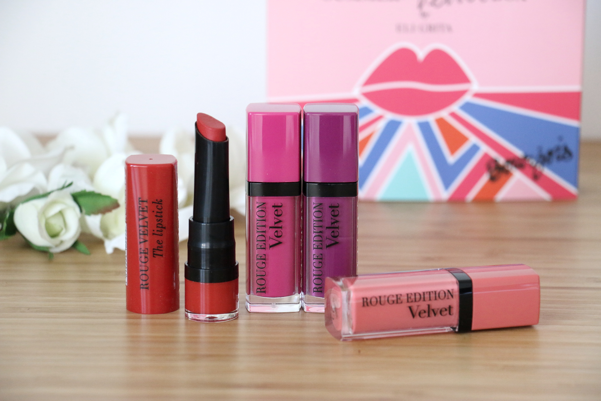 Summer Velvet box & Velvet The Lipstick de Bourjois !