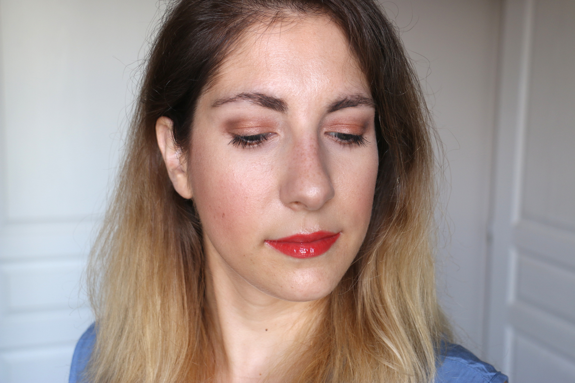 Bronzed makeup for summer