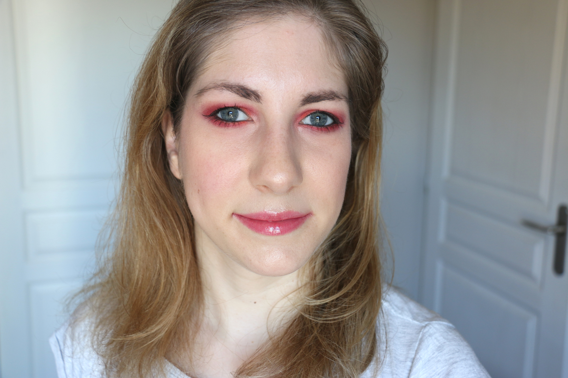 Eyes of fire | Monday Shadow Challenge
